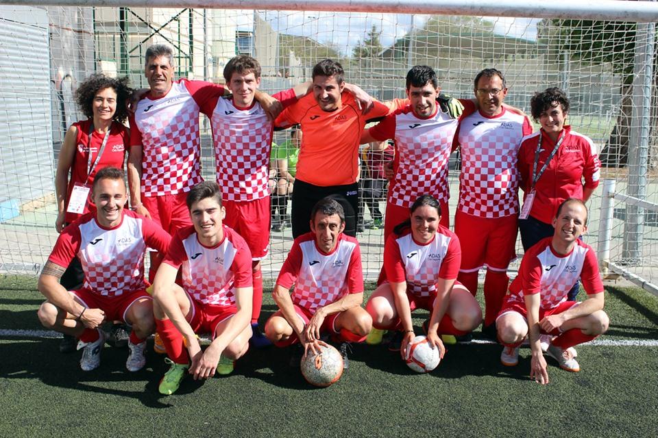 Plantilla del Adas Salamanca, campeón de fútbol 7 inclusivo en Palencia. FEDEACYL