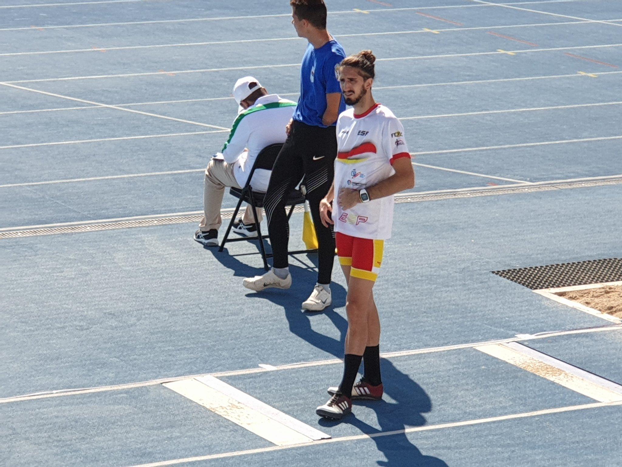 Daniel Pérez, en los prolegómenos de la prueba del salto de longitud en Dubai. COMITÉ PARALÍMPICO ESPAÑOL
