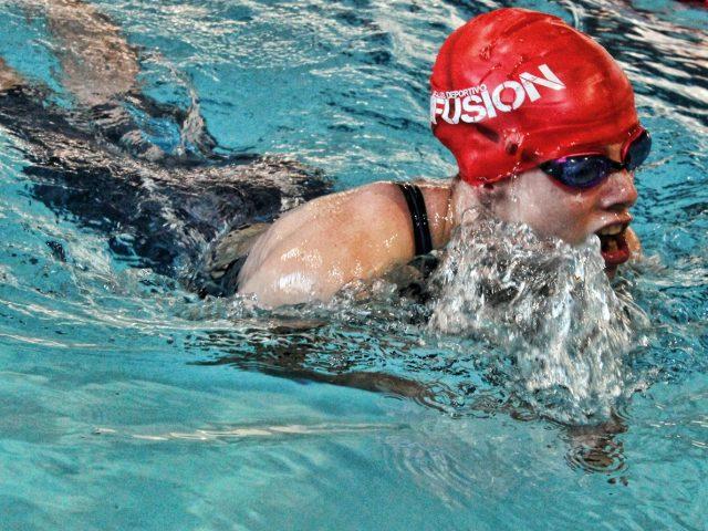 """Marta Fernández: """"La natación es un deporte individual, pero nosotros conseguimos un sentimiento de equipo"""""""