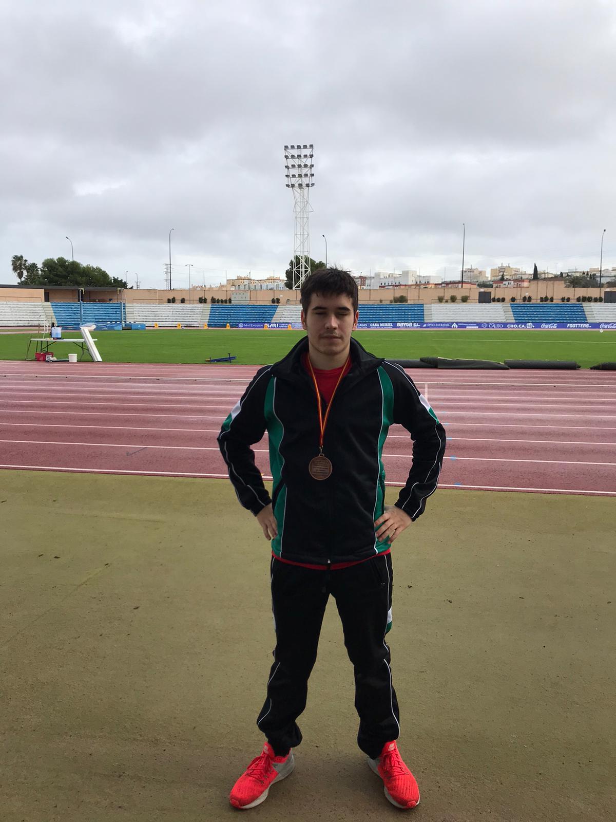Gonzalo Redondo, tras conseguir la medalla de bronce en San Fernando. FEDEACYL
