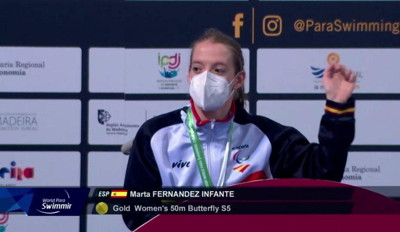 Marta Fernández, récord del mundo de los 50 mariposa